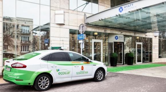 Goście hotelu Hyatt Regency Warsaw pojadą taksówkami EcoCar